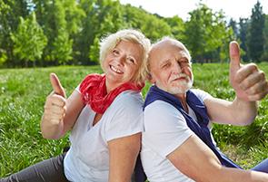 Wir helfen Ihnen beim Umzug in ein Altersheim.